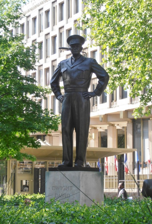 Statue of Dwight David Eisenhower (1969) by Robert Dean. Grosvenor Square, Mayfair, London W1.