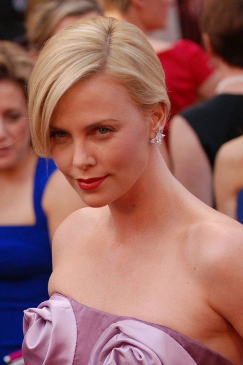 Charlize Theron at  2010 Academy Awards