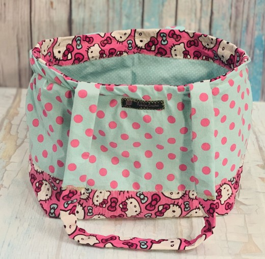 Let's make this cute Hello Kitty tote bag!