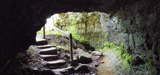 The entrance to the Bell Witch Cave.