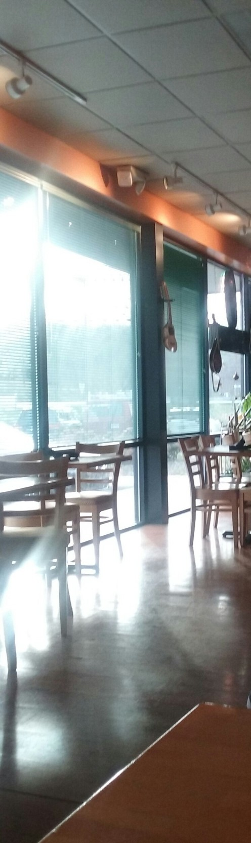 A bright and airy atmosphere at the spacious Thai Chiang Mai Restaurant in Greensboro, North Carolina where hot, fresh and tasty Thai food is served.