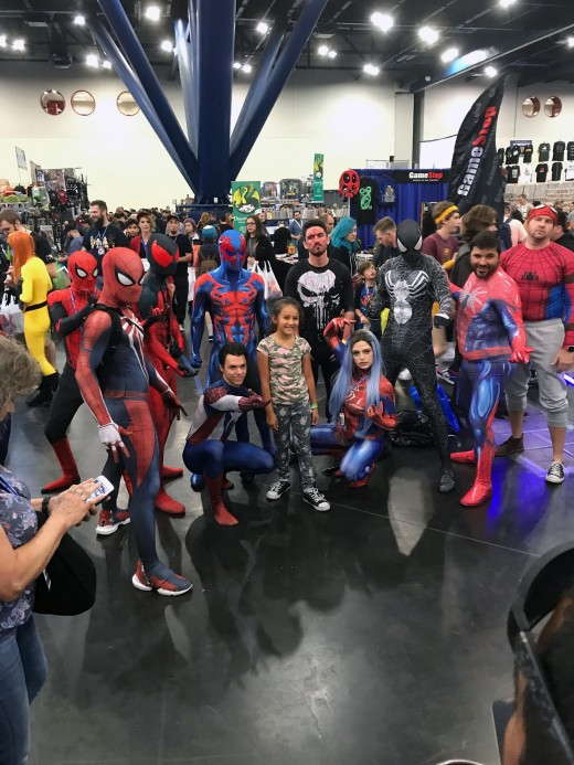 A mob of Spider-Men (and women) is slowly taking over Comicpalooza and everyone is perfectly fine with that.
