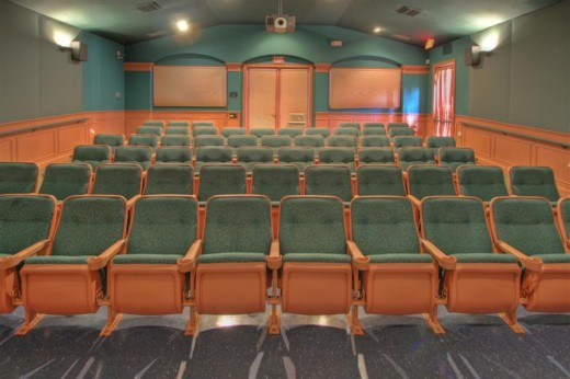 Schedule your own movie viewing at Windsor Palms!
