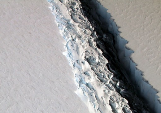 The Larson C ice shelf is 70 miles (112.65 km) long and 300 feet (91.44 meters) wide. Due to the split, a Delaware-sized piece of ice broke off from the shelf, decreasing the Larson C ice shelf by more than 12%.