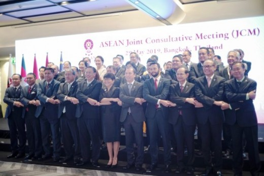 Delegates attending the ASEAN Joint Consultative Meeting (JCM) and ASEAN Senior Officials Meeting (SOM) (May 28-29 in Bangkok), discussing the preparation for the ASEAN Summit 34