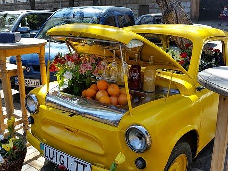 Wine and fruit car in Kiev