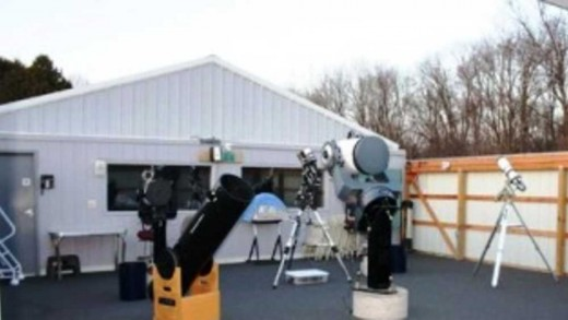 Fox Memorial Park telescope array for amateur astronomers of all ages