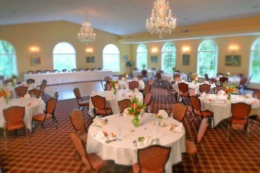 Dining Room inside Medovue Hall