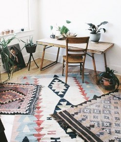 The Hottest Interior Design Trend: Layering Rugs