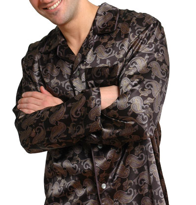 Elegant silk pajamas for men are the ultimate sleepwear!