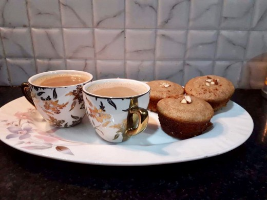 Evenings are great with a cup of hot coffee and walnut-cinnamon cupcakes