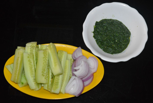 Serve cucumber Sticks and Sliced red onions with mint dip