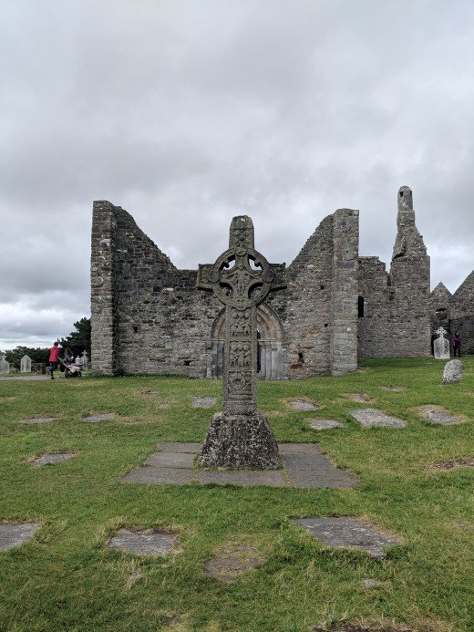 Clonmacnoise ruins are well preserved