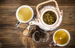 Green Vs White Tea - The Ultimate Debate