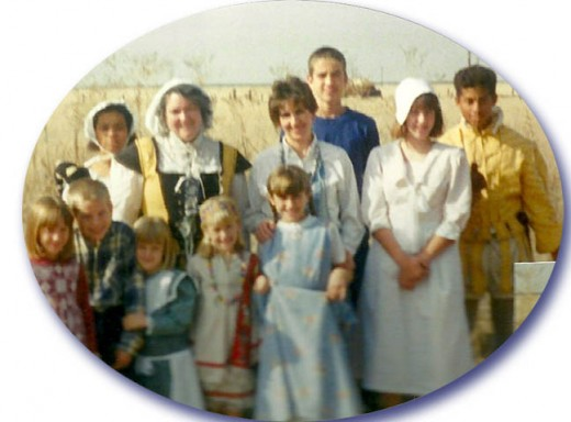 Colonial Day with 3 families