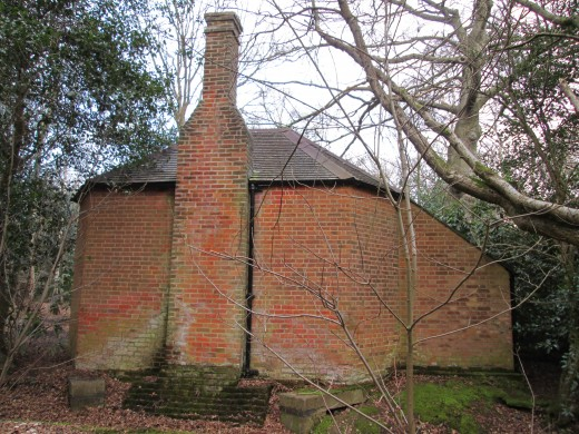 ... Is the ice house. How do you make ice with the aid of a chimney? It's all to do with physics, innit?