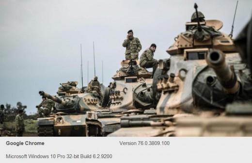 Turkish armor near the border