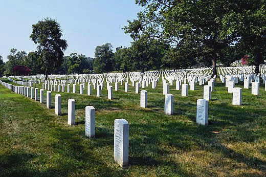 Arlington National Cemetery Tours Showcase Service and Sacrifice ...
