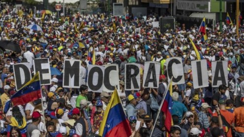 Four Reasons Why the Venezuelan Economy Collapsed