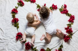 How to Make Beautiful Memories With a Baby Book