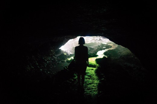 Wanda Wadler entering the Chian's cave