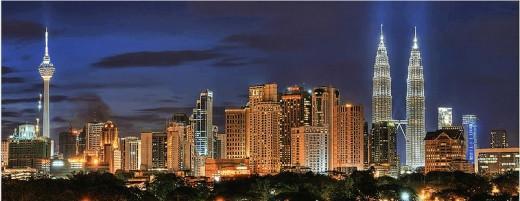 Kuala Lumpur skyline at night (http://en.wikipedia.org/wiki/Kuala_lumpur)