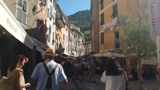 Mainstreet of Vernazza
