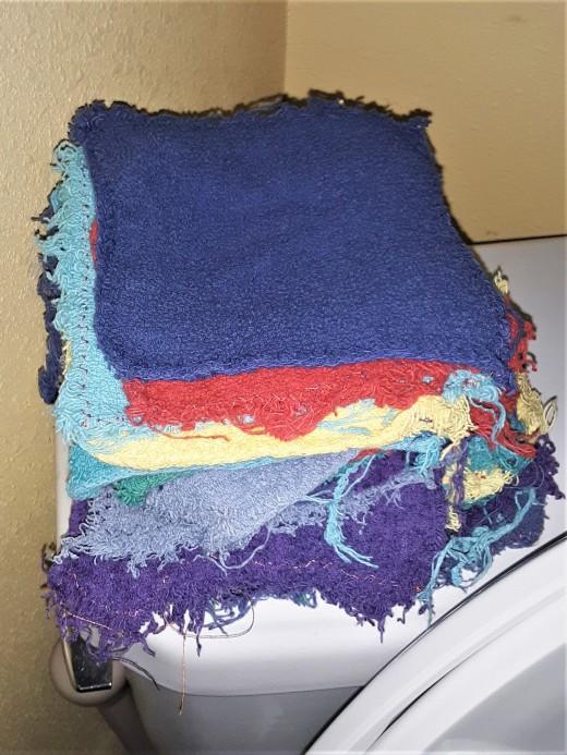 Toilet Cloth