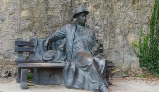 Forgotten statue of Nikita in Russia