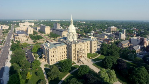 Michigan's Capitol and Mall looking west...shades of Washington, Albany and Brasilia!