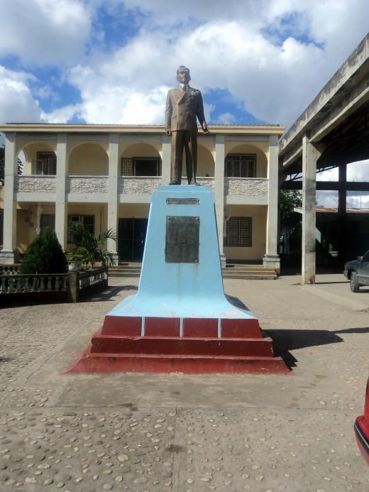 A monument of Manuel L. Quezon in Quezon province.
