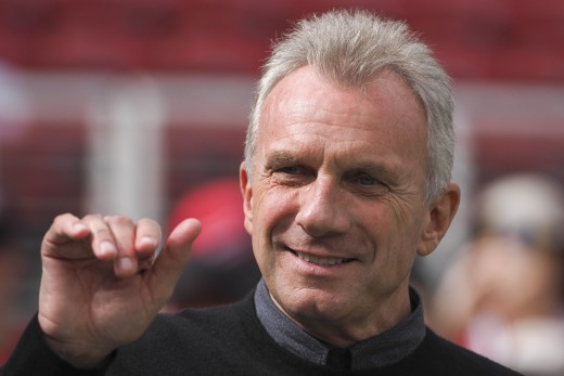 Joe Montana is considered to be one of the best quarterbacks in NFL history.