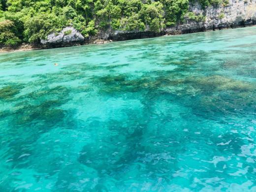 Blue water in Phi Phi Island