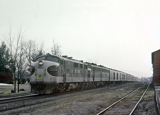 Southern Railway F3A #6707 with train 18, the Birmingham Special, at Somerset, Virginia on March 8, 1969.