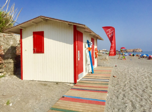 La Guardia beach. A small hut for the rescue services.