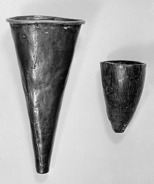 Indian cupping tools. The left made out of copper. The right from an animal horn