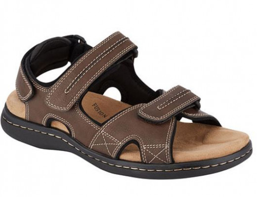 My sister's gift to papa was sandals last year. It is very useful and comfy. He uses it whenever there is a Senior Citizen's meeting, when he goes to market, mall and Church.