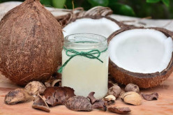 How to Use Coconut Oil to Achieve Vibrant Beauty