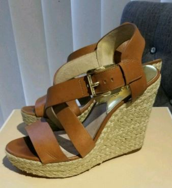 Mom also loves looking chic and tall for especial occasion that's why she loves wedge sandals.