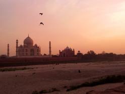 Taj Mahal : The Jewel of Mughal Art in India