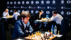 How Tactical Chess Grandmasters Are the Embodiment of 'Living in the Moment'