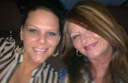 Jessica Ashmore always kept in touch with her mother Angel on the cell phone and Facebook Messenger.