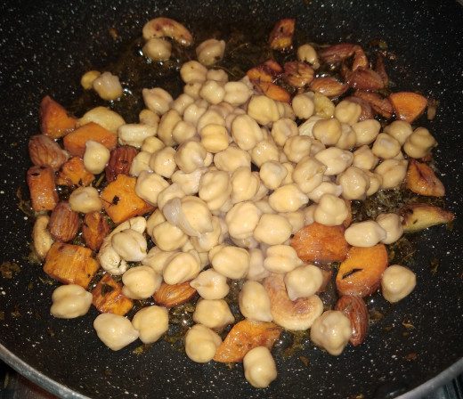 To this mixture add drained chickpeas.