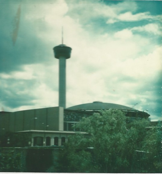The Tower of the Americas and the Institute of Texas Cultures, San Antonio 1978.