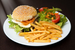 14 Ways to Make Healthier Choices in a Fast Food Restaurant