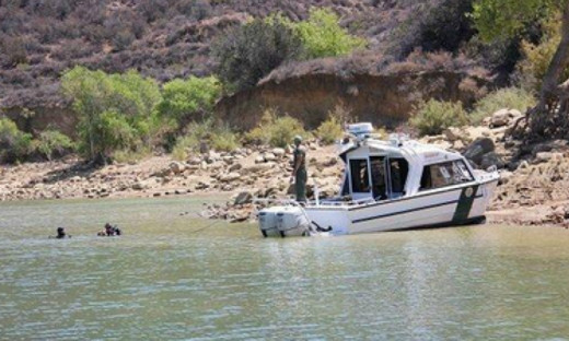 Los Angeles County Sheriff's Department uses divers to search Castaic Lake for Bryce Laspisa who vanished August 30, 2019. Photo courtesy of Los Angeles Times.