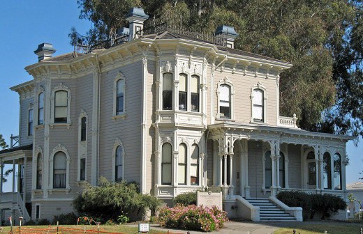 The Cameron-Stanford House.  Photo credit: Sanfranman59 [CC BY-SA 3.0 (https://creativecommons.org/licenses/by-sa/3.0)]