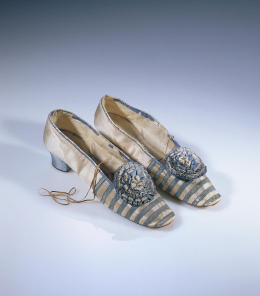 Silk satin Victorian shoes with rosettes, 1855-1865