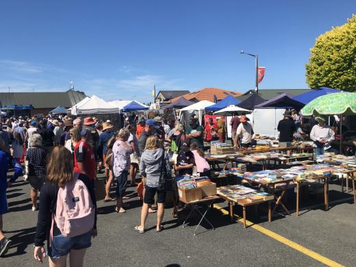 Sunday Motueka Markets
