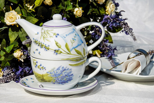 Teapot with matching Cup